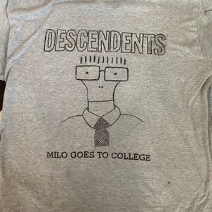 Descendents tee